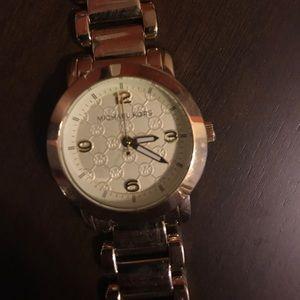 Gold detailed Michael kors watch
